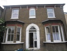 Studio flat to rent in Waddon New Road, Croydon...