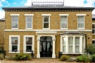 Flat for sale in Haling Park Road...