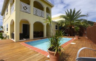 3 bed Villa in Jolly Harbour