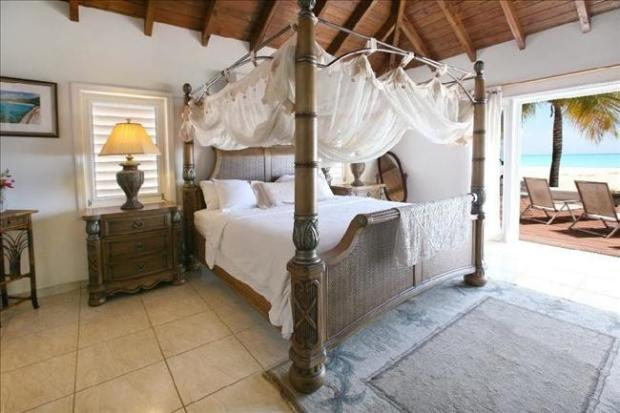 5 bedroom villa for sale in jolly harbour antigua and barbuda. Black Bedroom Furniture Sets. Home Design Ideas