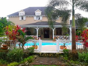 3 bed property for sale in Gun Hill, St George