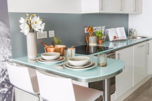 High-gloss kitchens