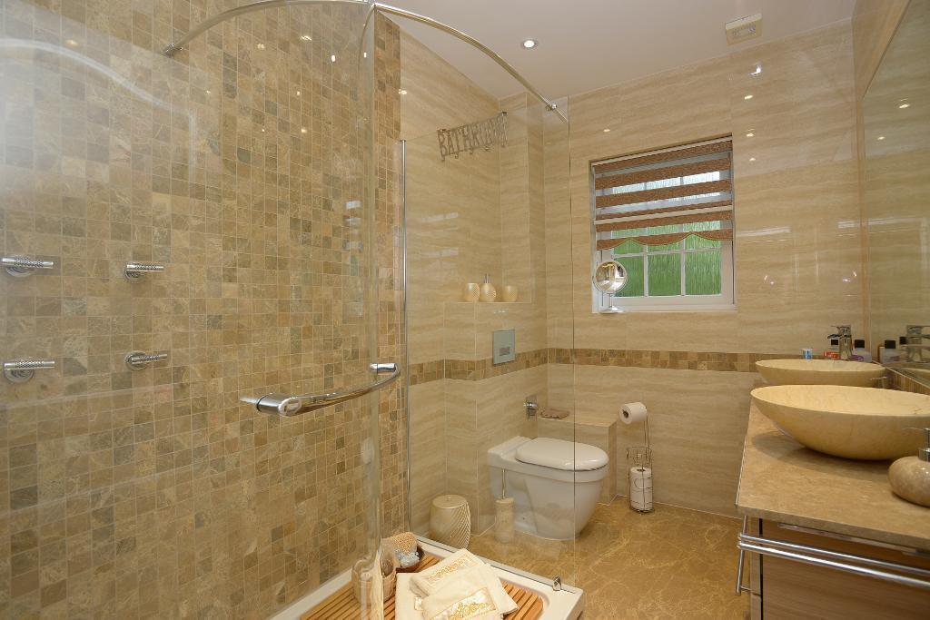 Spa family bathroom
