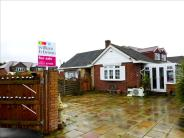 2 bed Detached Bungalow in Newlyn Close...