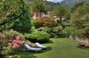 5 bed Villa in Lombardy, Como...