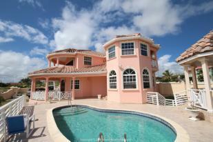 5 bedroom property in Ocean City, St Philip