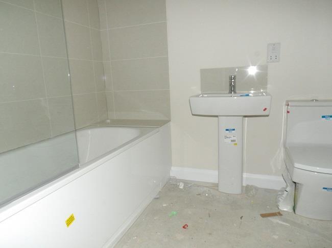 5A Bathroom.JPG