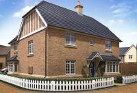 4 bed new house for sale in Thorpe Close Hawkwell...
