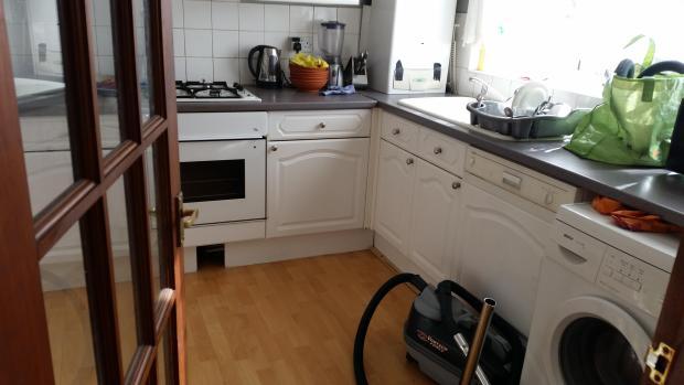 39 Kitchen 29-06-16.jpg