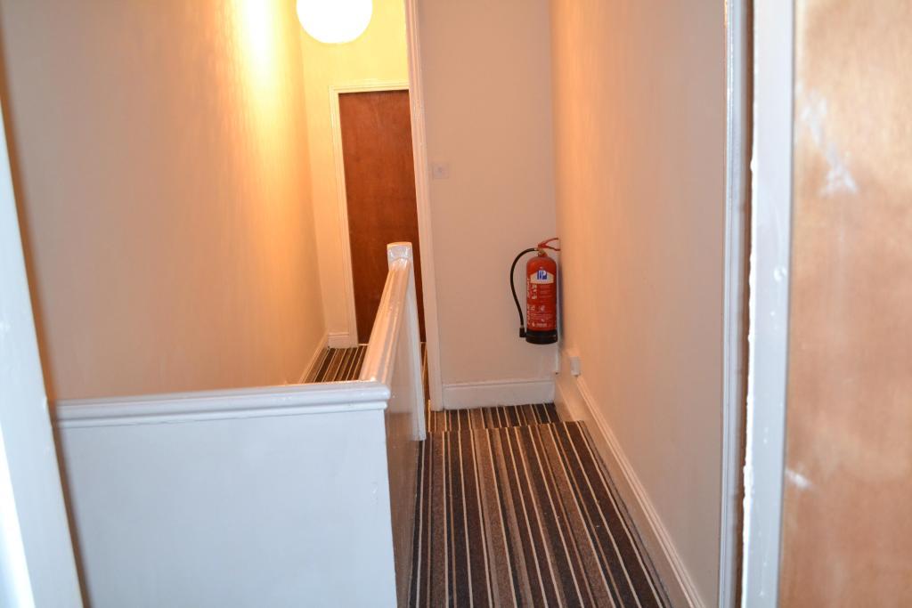 upstairs hallway pic1 aug 2014.jpg