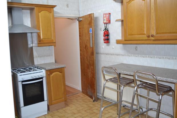 new kitchen pic 1 aug 2014.jpg