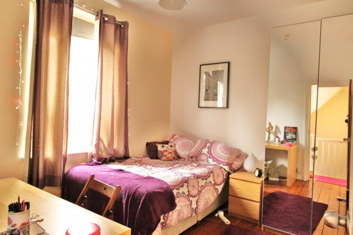 bedroom 1 108L.jpg