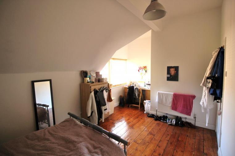 bedroom a 108L.jpg
