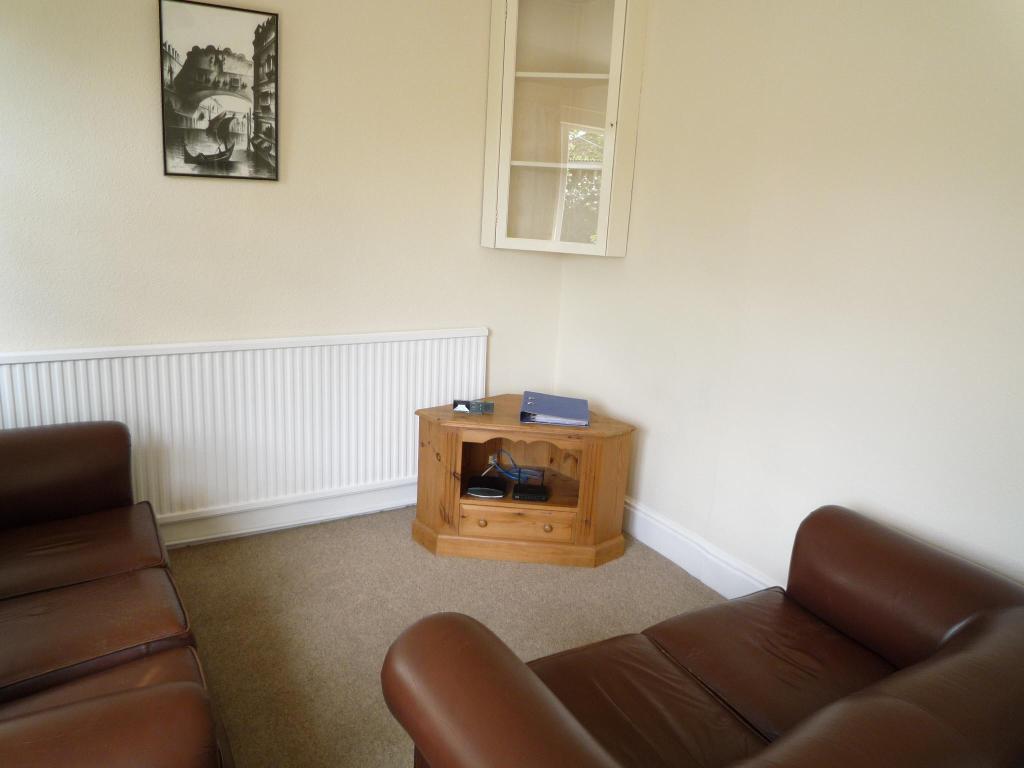 Sitting Room (1) Melville Road.jpg