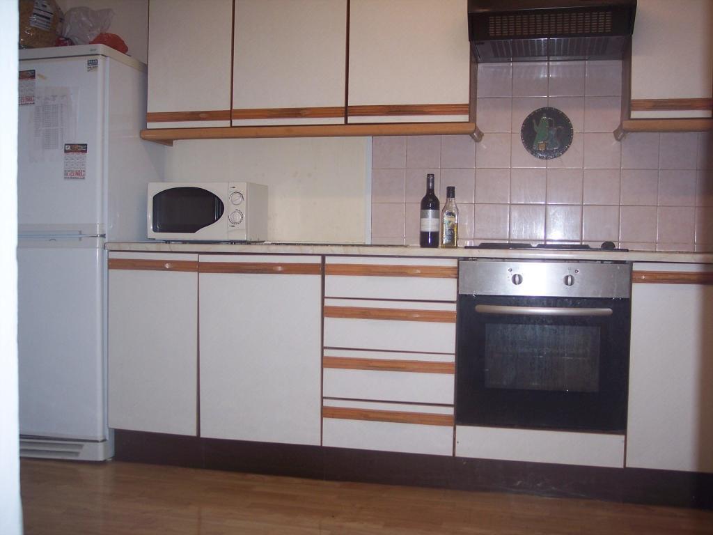 Ancress kitchen.JPG