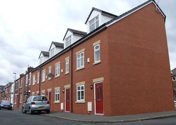 12 Evelyn street (1).JPG