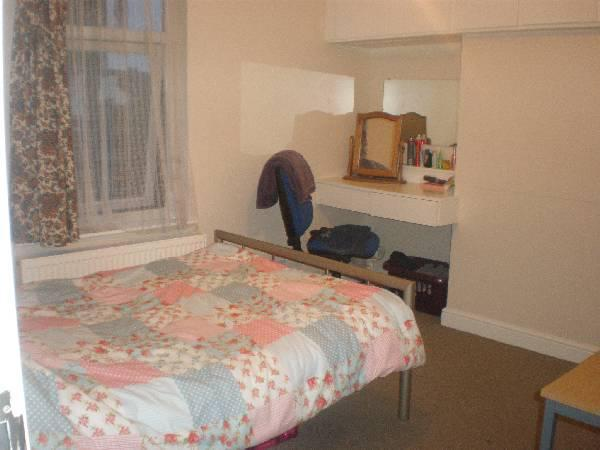 119651_264878_Bedrooms..jpg