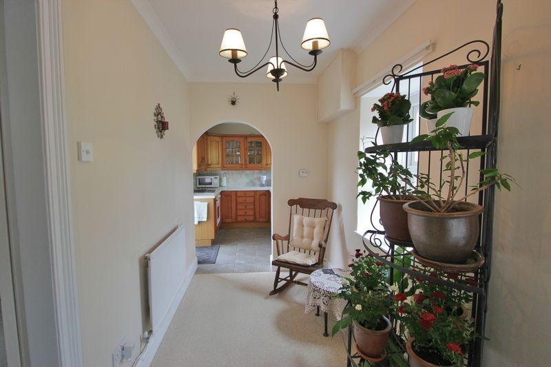 Inner Hallway/...