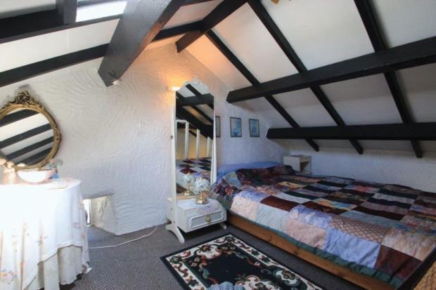 annexe bedroom...
