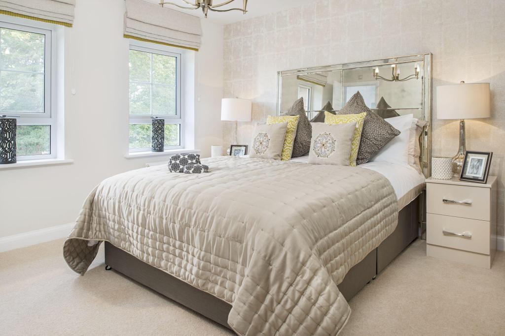 Typical Cambridge master bedroom