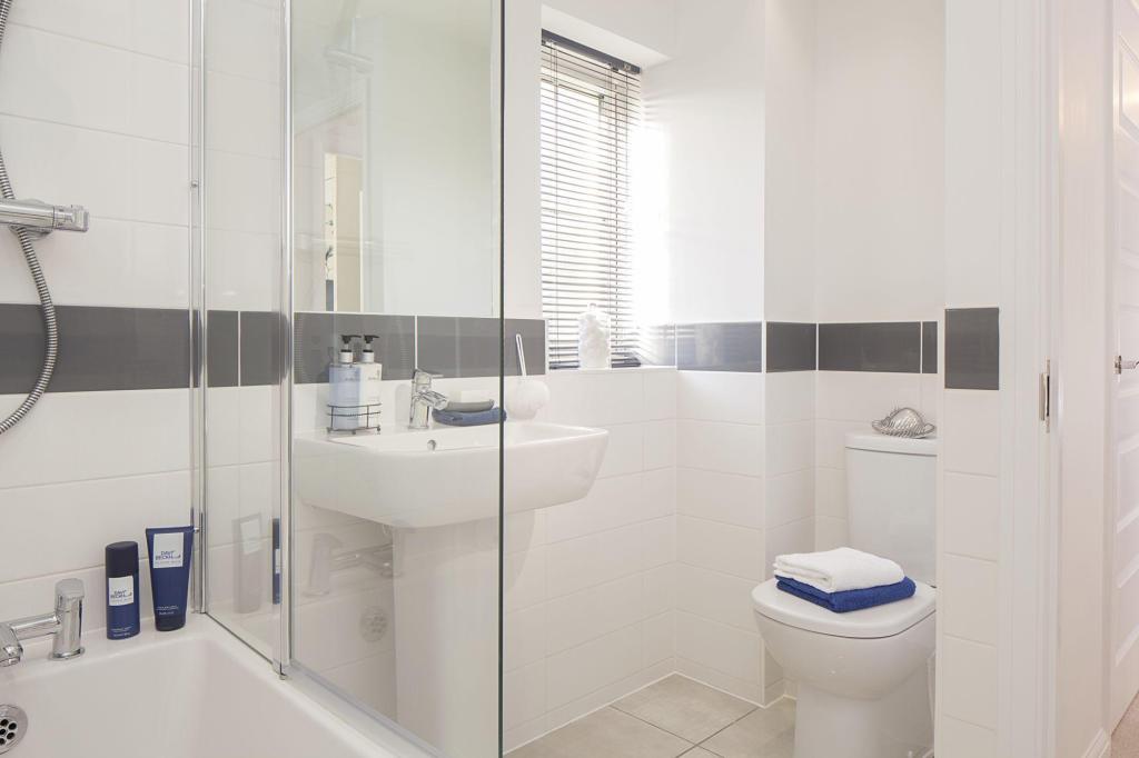 Typical Barwick family bathroom