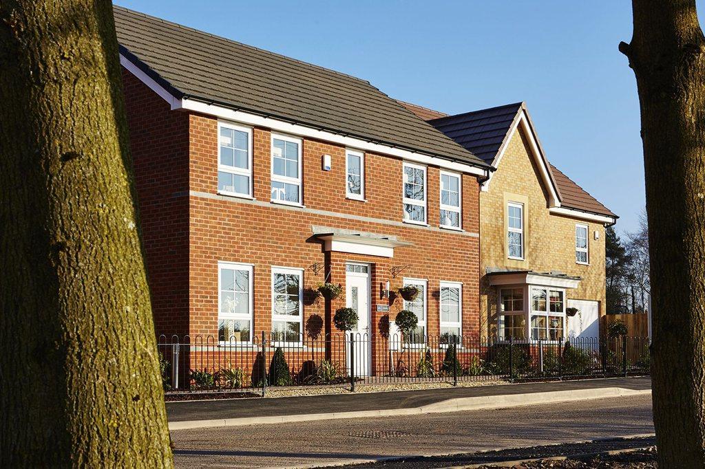 Four bedroom homes in Yarnfield, near Stone