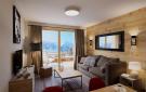 spaicous living area