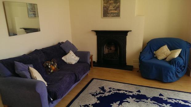 lounge v3.jpg