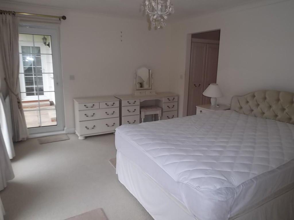 master bedroom v2.JP