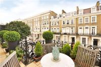 Apartment in Earls Court Square...