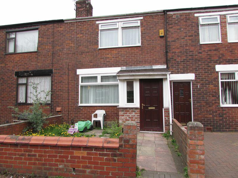 3 Bedroom Terraced House For Sale In Poynton Close Bury