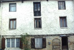 4 bed Character Property for sale in Languedoc-Roussillon...
