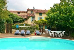6 bed Character Property in Languedoc-Roussillon...