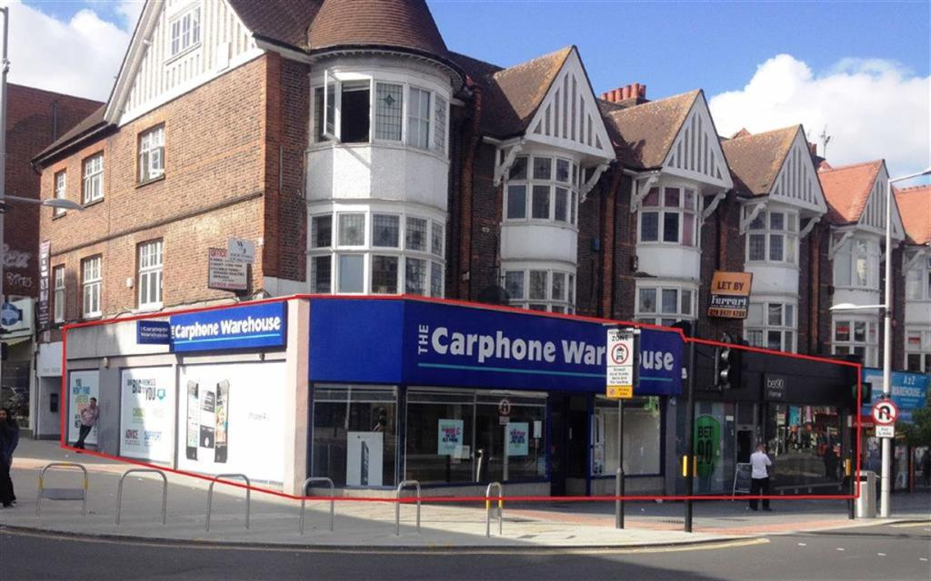 Shop To Rent In Station Road Harrow Middlesex Ha1