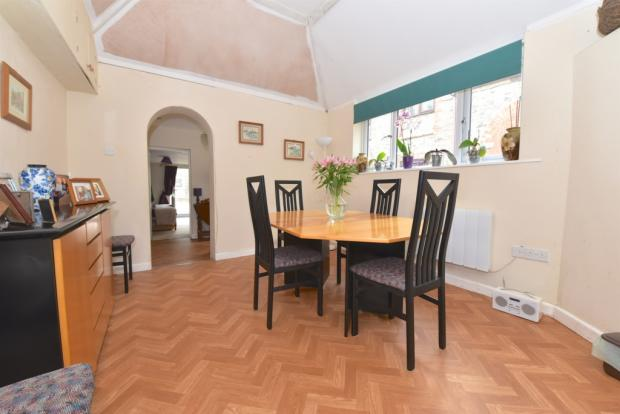 Annexe - Dining Area
