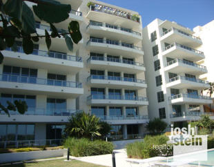 1 bed property in Ocean Drive, Miami Beach...
