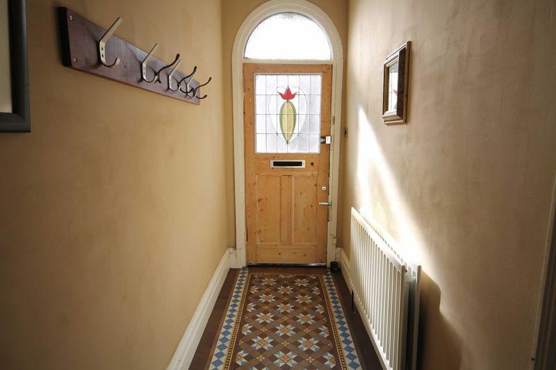Entance door