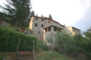Stone House in Tuscany, Lucca, Pescaglia for sale