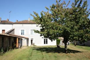 Stone House for sale in Poitou-Charentes...