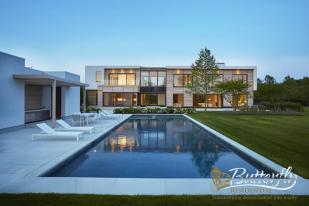 Detached property in Sagaponack, New York...
