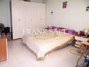 2 bed Apartment for sale in Malta - Qawra