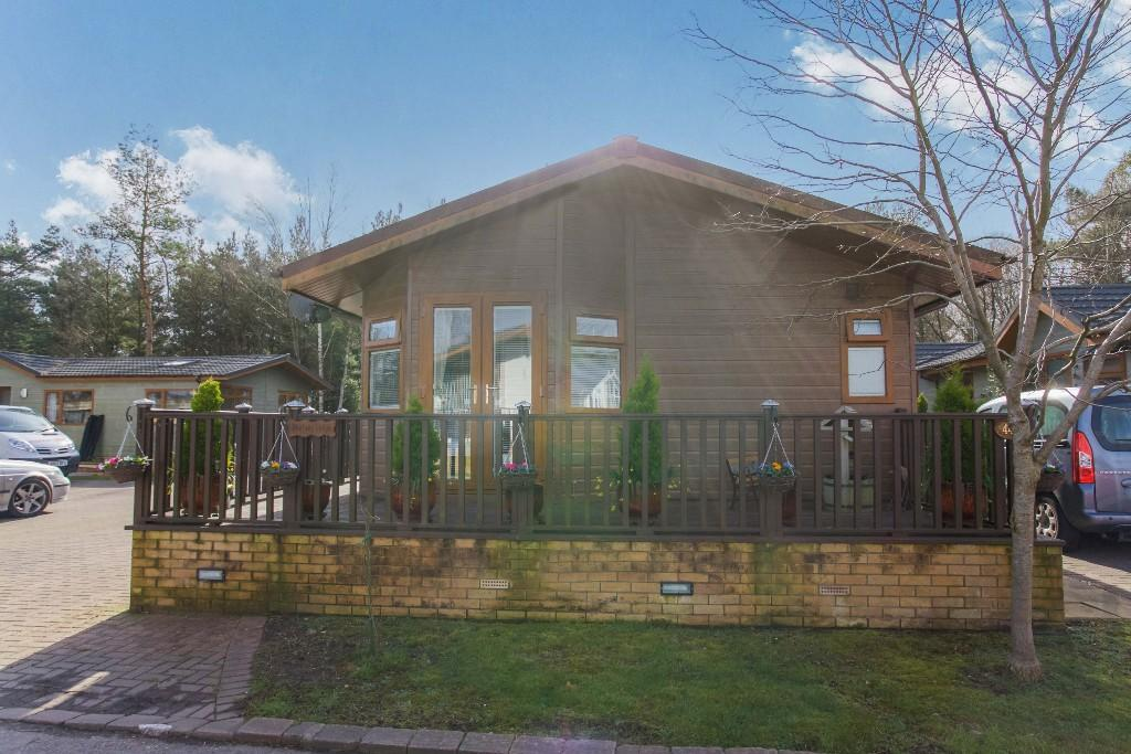 3 Bedroom Lodge For Sale In 44 Tall Trees Park BH23 6TT