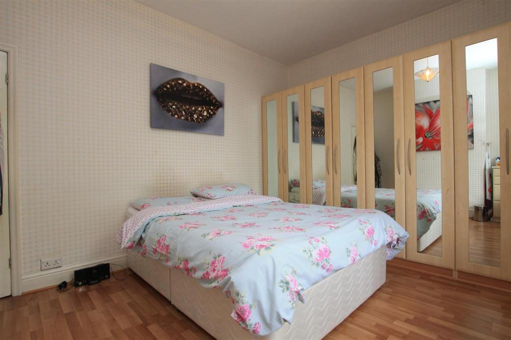 52 kirkby road bed 1