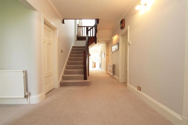 Braeside hallway.jpg