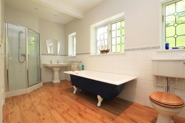 Braeside bath 2.jpg