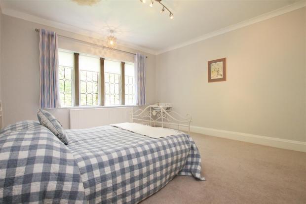 Braeside bed 2.jpg