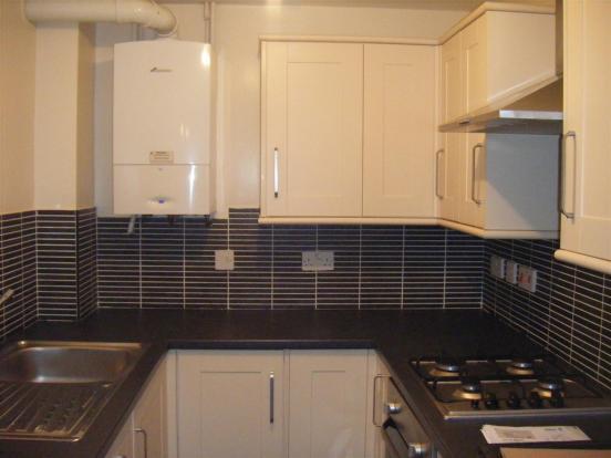 1 Bramble kitchen.JP