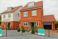 4 bed new property in Reading Road, Yateley...