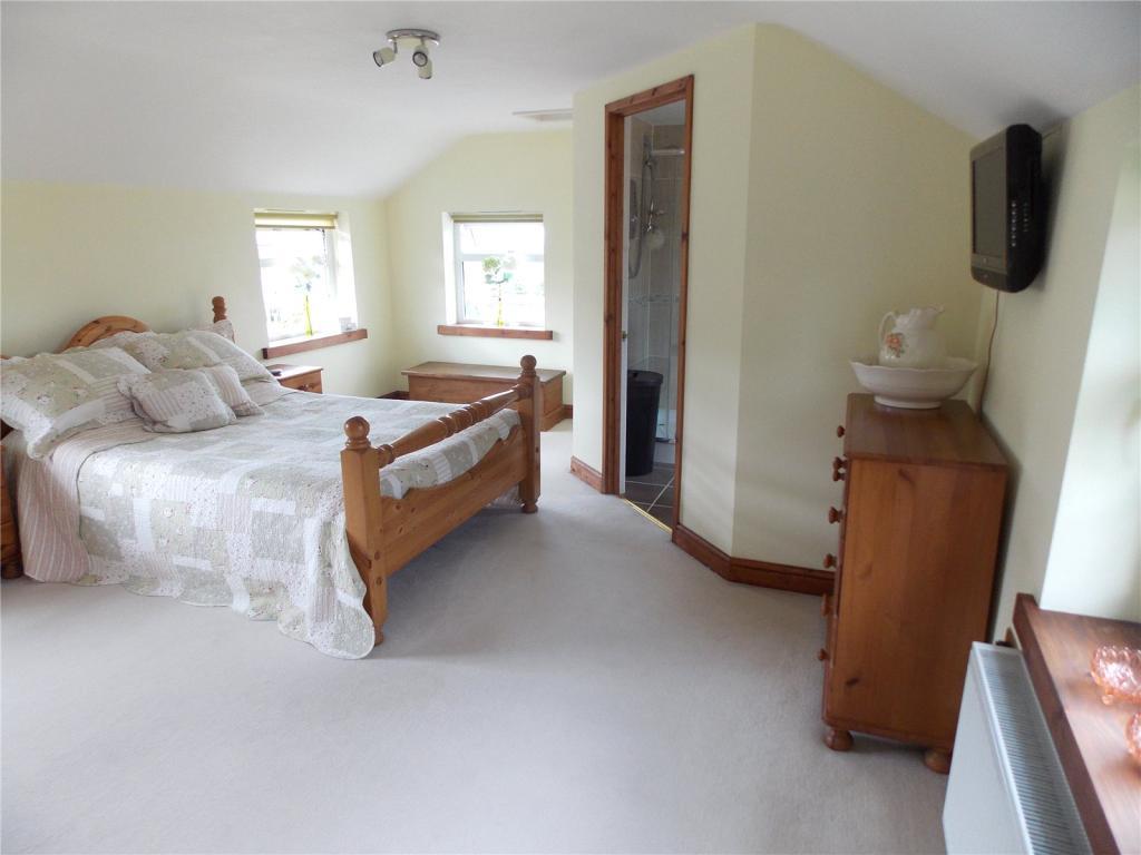 Master Bed/En-Suite