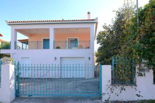 2 bed house in Foinikountas, Messinia...